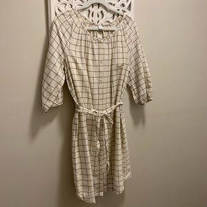 Old Navy Tie Belt Shirt Dress. NWT.